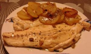 receta Lubina con patatas al horno